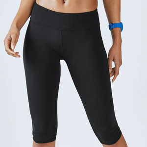 Fabletics Black Salar Solid PowerHold® Crop